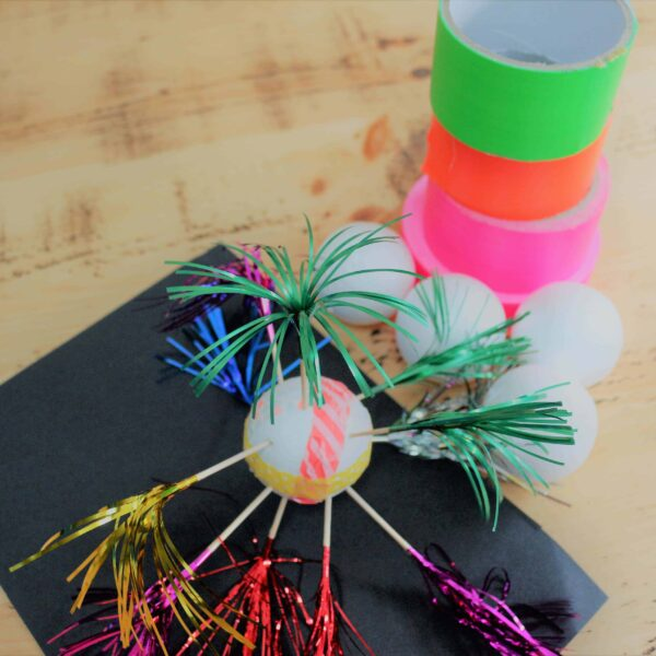 washi tape firework craft. Bonfire Night Craft. Fun things to do with kids and washi tape.
