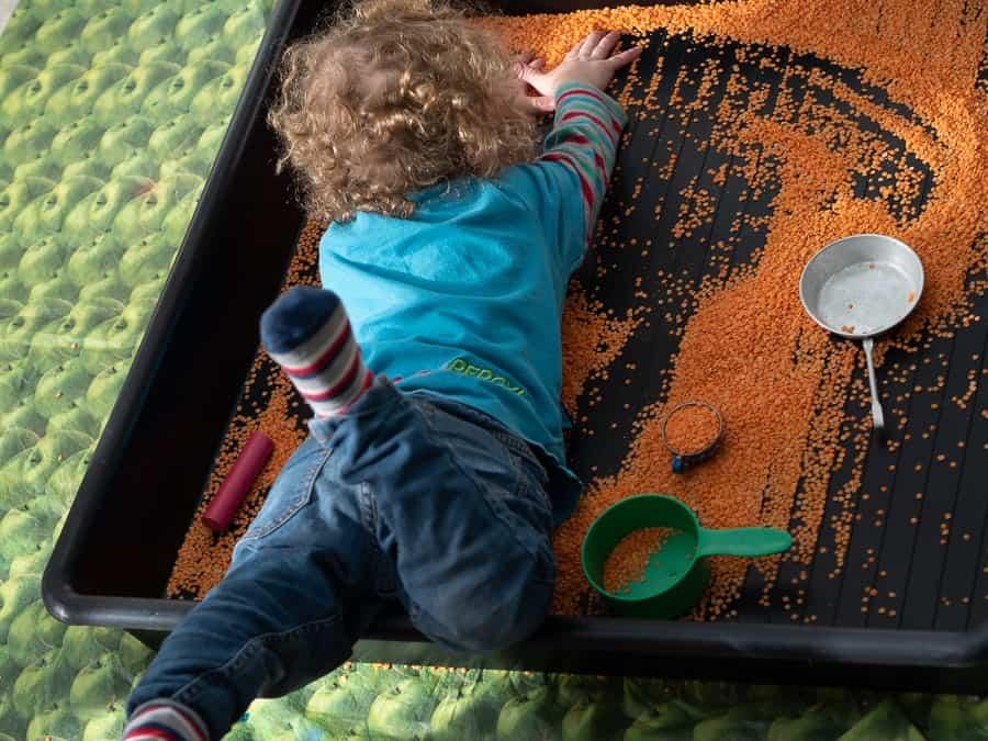 Autumn sensory play activities