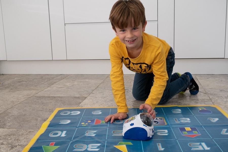 Clementoni MIND designer robot review