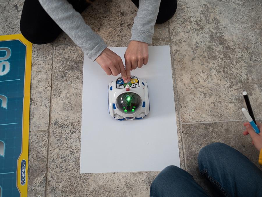 Clementoni Robot MIND designer review